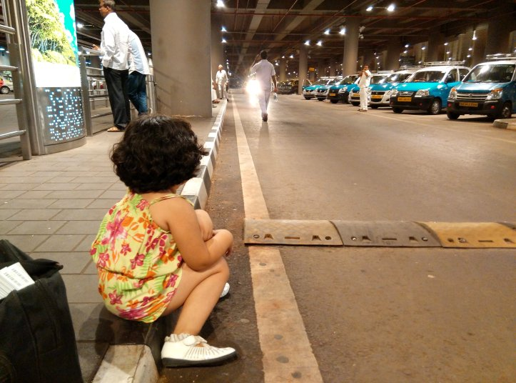 A mommy-baby episode with IGI airport and Air India